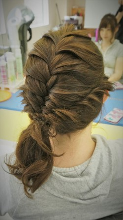RULeR Hair Dressing   fishtail+twist braided side pony tail